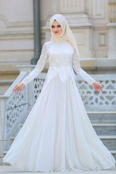 Tesettürlü Abiye Elbise - Üç Boyut Çiçekli Payetli Beyaz Abiye Elbise 3836B