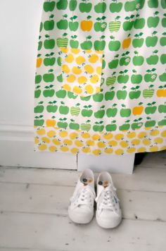 apple print skirt on modflowers blog