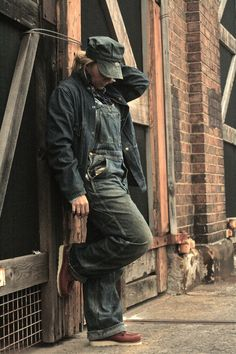 Made in America - Fashion Hound Retro Mode, Denim Jacket Men, Raw Denim, Cool Fabric, Denim Outfit, Classic Outfits, Made In America, Vintage Denim, Denim Fashion
