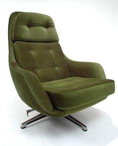 Overman Lounge Chair photo - 5