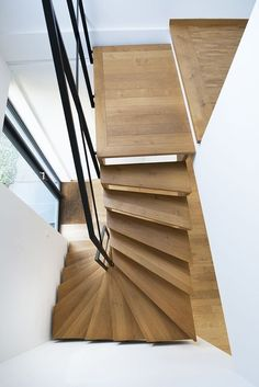 Spiral Staircase Outdoor, Small Space Staircase, Modern Staircase, Home Stairs Design, Interior Stairs, House Design, Wooden Staircases, Wooden Stairs, Loft Stairs