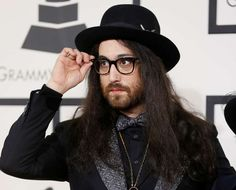 Sean Lennon arrives at the 56th annual Grammy Awards in Los Angeles