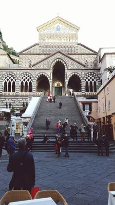 The cathedral of Amalfi is a mix of oriental and renaissance architecture