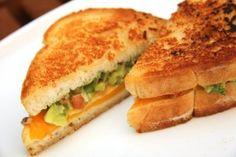 A legmenőbb szendvics receptek most ezek! Guacamole, Cheddar, Hot Dogs, Hamburger, Sandwiches, Keto, Dishes, Breakfast, Food