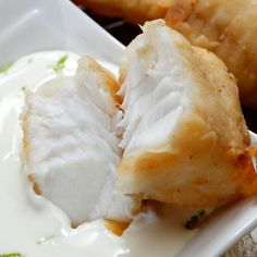 This is a classic recipe for fish with tartar sauce.