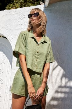 NEW NOW: French linen clothing, in palm green. A beautiful inspired short set that you can Mix and Match. Ready to shop the Elle & Poppy loungewear set. Look Fashion, Fashion Outfits, Womens Fashion, Daily Fashion, Street Fashion, Cool Outfits, Summer Outfits, Loungewear Set, Minimal Fashion