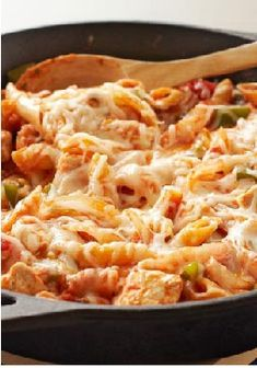 Italian Chicken-Pasta Skillet – Cheesy, hearty one-skillet chicken pasta is no longer the stuff of Italian restaurant lore. We've upped the flavor and made it a better-for-you winner. Buon appetito!