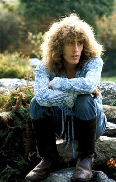 * A Young Vintage Wholigan *: Roger Daltrey at Holmshurst Manor