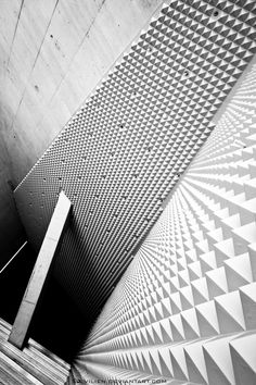 dromik:  Casa da Musica, Porto. Photo: Evilien.