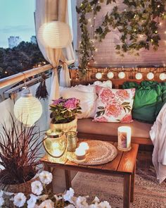 40 Cozy Balcony Ideas and Decor Inspiration 2020 - Page 8 of 41 - - The private outdoor area is a dream come true for most people living in city apartments, even if it's just a small balco Small Balcony Decor, Outdoor Balcony, Balcony Design, Balcony Ideas, Balcony Garden, Patio Ideas, Garden Ideas, Balcony Decoration, Outdoor Patios