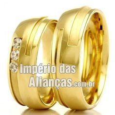 Alianças de casamento e noivado Largura 5.2mm Pedras 3 diamantes de 2 pontos Acabamento Liso e Fosco Formato Anatômico Peso 10,50 gramas O PAR