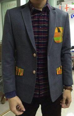 Men's Blazer with Kente Cloth pockets Kente Styles, Kente Cloth, Designer Suits For Men, African Men Fashion, Mens Fashion, Modern Outfits, Men Looks, Bow Ties, Men Casual