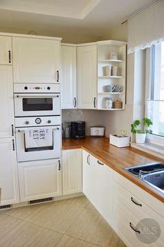 Kitchen Bar Design, Country Kitchen Designs, Interior Design Kitchen, Modern Kitchen Renovation, Kitchen Remodel, Small Modern Kitchens, Home Kitchens, Cosy Kitchen, Kitchen Decor