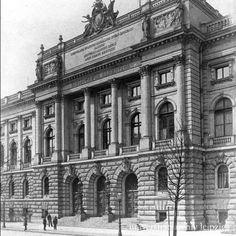 Biblioteca Albertina, Leipzig Commercial Architecture, Louvre, Building, Travel, Leipzig, City, Viajes, Buildings, Destinations