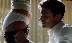 Cinquante Nuances de Grey Film Étudiant en littérature Anastasia Steele se engage à interviewer milliardaire Christian Grey pour faire son colocataire un service. Interview victime se avère être un homme qui est à la fois belle et intelligente