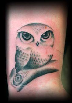 Cutest owl tattoo ever. I die...