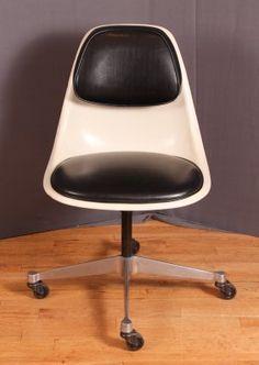 #Eames @hermanmiller PSCC-A-3 Desk Chair