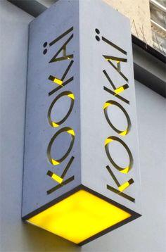 Kookai paris enseigne béton ductal