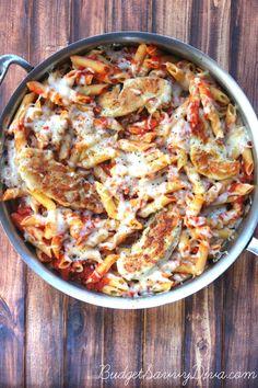 Chicken and Pasta Skillet Dinner Recipe Shrimp Recipes, Chicken Recipes, Turkey Recipes, Chicken Meals, Recipe Chicken, Chicken Pasta, Easy Tomato Sauce, Skillet Dinners, Casserole Recipes