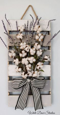 Cotton and Lavender Farmhouse Style Wall Decor Pallet