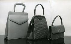Laukkumuotia 1960-luvulta #käsilaukut #handbag #fashion Leather Backpack, Backpacks, Handbags, History, Fashion, Moda, Leather Backpacks, Totes, Historia
