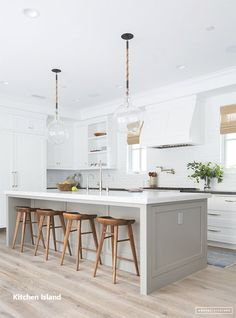 White Small Kitchen Remodel Ideas Ventilation aspect in kitchen design. Most of us sometimes ignore ventilation as part of the qualities of a good kitchen design. Kitchen Cabinet Colors, New Kitchen Cabinets, Kitchen Decor, Kitchen Ideas, Island Kitchen, White Cabinets, Kitchen Countertops, Kitchen Backsplash, Kitchen Sinks