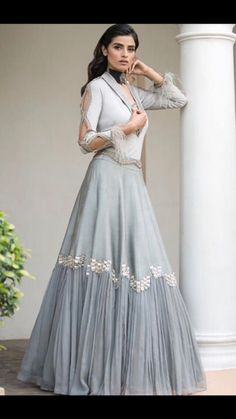 Party Wear Long Gowns, Designer Party Wear Dresses, Fancy Gowns, Indian Bridal Outfits, Indian Fashion Dresses, Indian Designer Outfits, Long Gown Dress, Lehnga Dress, Stylish Dresses For Girls
