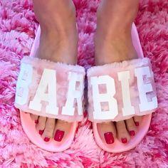 #barbieslides #barbieslippers #pinkfur #barbiecarpet #barbie #barbiegirl