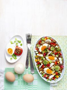 Creative Food, Cobb Salad, Cantaloupe, Salad Recipes, Sandwiches, Food And Drink, Fruit, Cooking, Healthy