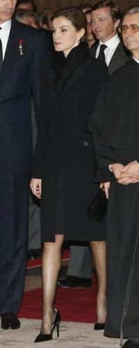 12 Nov 2015 - Mass service for Duke of Calabria. As expected, Queen Letizia was appropriately dressed in an all-black ensemble consisting of a Felipe Varela jacket, Prada black Saffiano print patent leather pointy toe pumps and black star-burst drop earrings with diamond hoops.