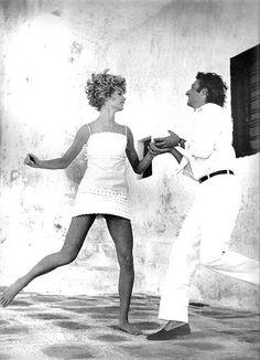 Jean Shrimpton - US Vogue January 15, 1967    Photographed by Richard Avedon