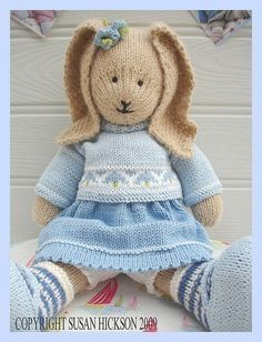 BLUEBELL Rabbit/ PDF Toy Knitting Pattern/ por maryjanestearoom