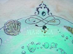 Mandala em aquarela verde náutico. Representa o elemento água Diâmetro médio de 20cm.  Moldura padrão branca *Pode haver diferença na tonalidade