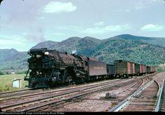 pictures\82353\A_Chesapeake_Ohio_1257_Balcony_Falls_Va_10-05-1951 Railroad Pictures, Train Art, Model Train Layouts, Jazz Age, Steam Locomotive, Train Tracks, Model Trains, Ohio, America