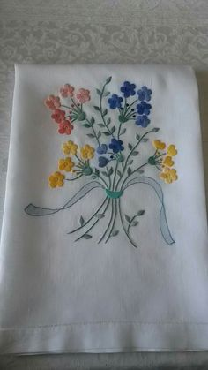 """satin-stitch """"Bouquet"""" hand embroidered, White Canvas My Wealth Floral Embroidery Patterns, Embroidery Flowers Pattern, Couture Embroidery, Hand Embroidery Stitches, Crewel Embroidery, Hand Embroidery Designs, Ribbon Embroidery, Embroidery Kits, Cross Stitch Embroidery"""