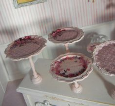 Customizable Metal Cake Plates in Various Heights and Diameters - 1/12th scale - make my own