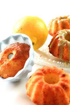 Zitronen-Gugls – Minis mit Matcha-Glasur