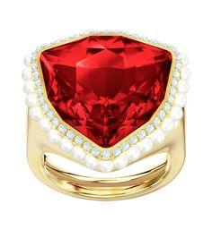 Swarovski Ring 'Lucky Goddess in gold / feuerrot / weiß Swarovski Gifts, Swarovski Jewelry, Crystal Jewelry, Swarovski Crystals, Crystal Centerpieces, F12 Berlinetta, Cocktail Rings, Red Gold, Clear Crystal
