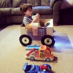 Drive-in movie night (cardboard box reconstructed) - TOYS, DOLLS AND PLAYTHINGS