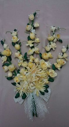 Crochet Flowers, Fun Crafts, Projects To Try, Floral Wreath, Wreaths, Embroidery, Frame, Handmade, Ideas