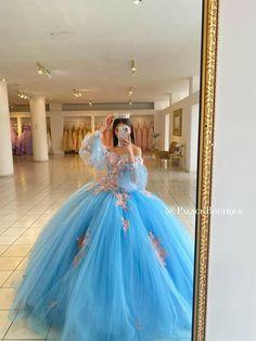 Pretty Prom Dresses, Sweet 16 Dresses, Dream Wedding Dresses, Cute Dresses, Beautiful Dresses, Mexican Quinceanera Dresses, Mode Kpop, Princess Ball Gowns, Fairytale Dress