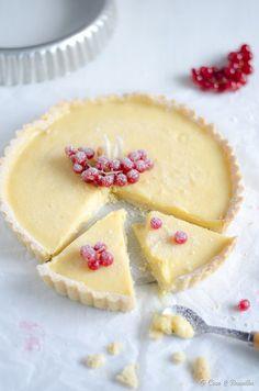 Lemon tart with white chocolate