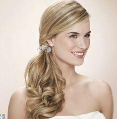 peinados con flores para novias CABELLO SUELTO - Buscar con Google