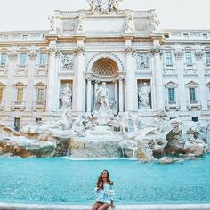 Making a wish in the Trevi Fountain is the best money we ever spent @katerinastavreva (Roma, Italy) | #sidewalkerdaily