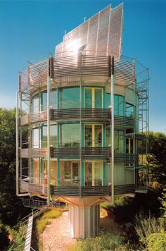 aqqindex:  Rolf Disch,Heliotrope House, 1994
