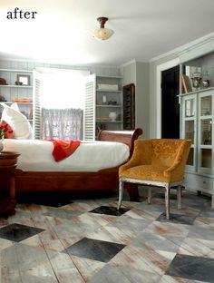 Room with painted pattern wood floors via Design Sponge Interior Flat, Interior Design, Floor Design, House Design, Painted Floorboards, Wood Paneling, Farmhouse Flooring, Kitchen Flooring, Pine Floors