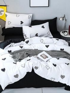 To find out about the Allover Heart Print Sheet Set at SHEIN, part of our latest Bedding Sets ready to shop online today! Cute Bedroom Ideas, Girl Bedroom Designs, Girls Bedroom, Bedroom Decor, Bedrooms, Bedding Decor, Rustic Bedding, Boho Bedding, Decor Pillows