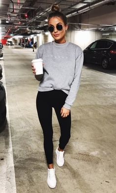 Casual outfits: Fall what leggings to wear with dress this A. sunglasses Fall what leggings to wear with dress this Autumn - fall dresses Mode Outfits, Winter Outfits, Fashion Outfits, Women's Fashion, Fashion Trends, Sneakers Fashion, Ladies Fashion, Feminine Fashion, Fashion Trainers