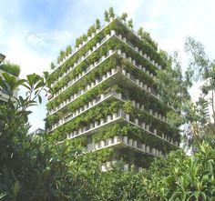La Flower-Tower est un immeuble atypique situé dans le 17ème arrondissement à Paris. Cet immeuble qui abrite 30 appartements  a été réal...