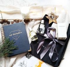 Perfume, Gifts, Favors, Presents, Gift, Fragrance